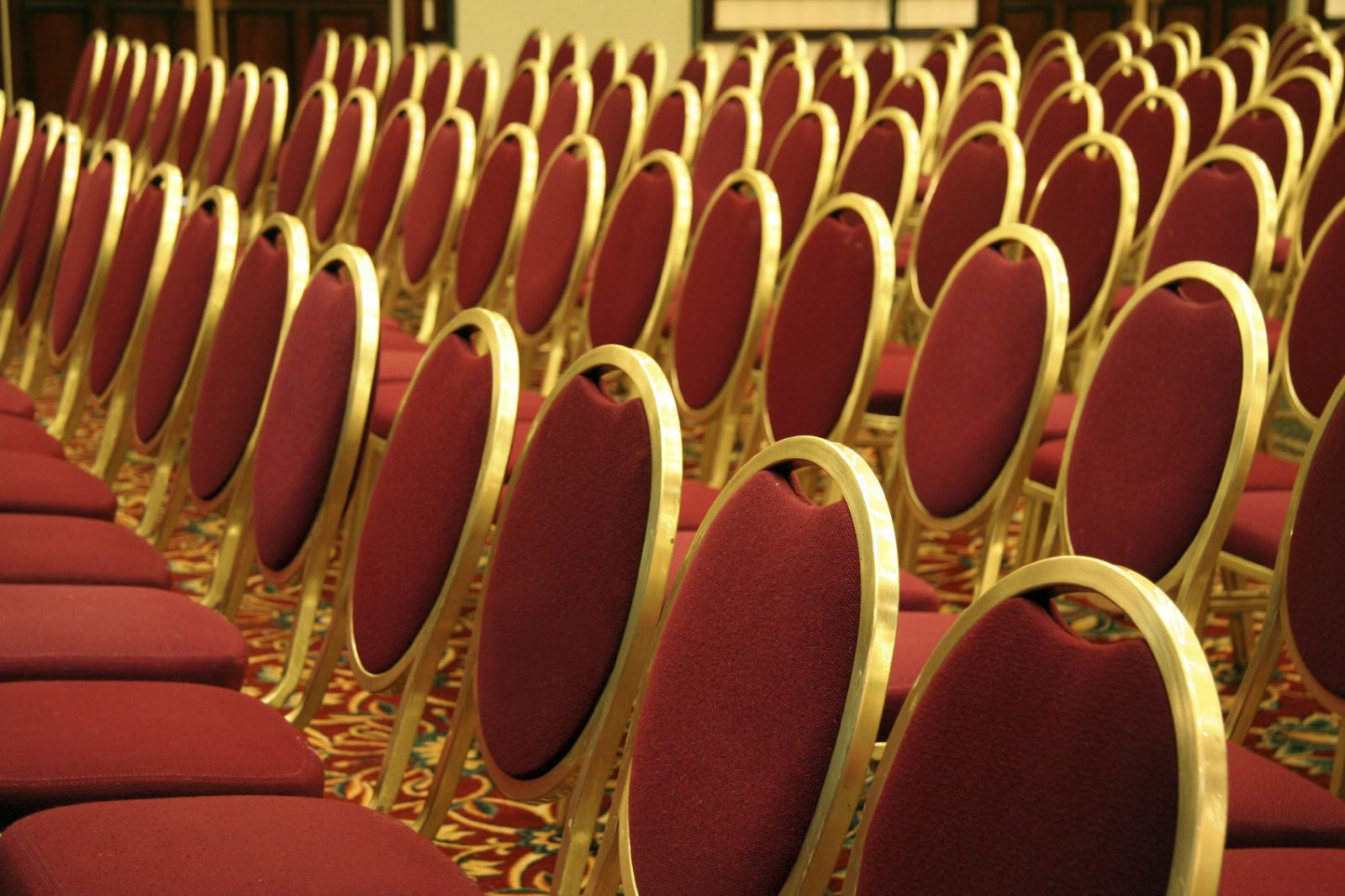 Choosing The Right Stacking Chairs