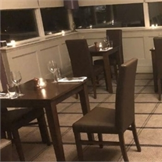 Trent Furniture chosen for new golf club restaurant